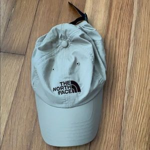North Face outdoor hat one size fits all